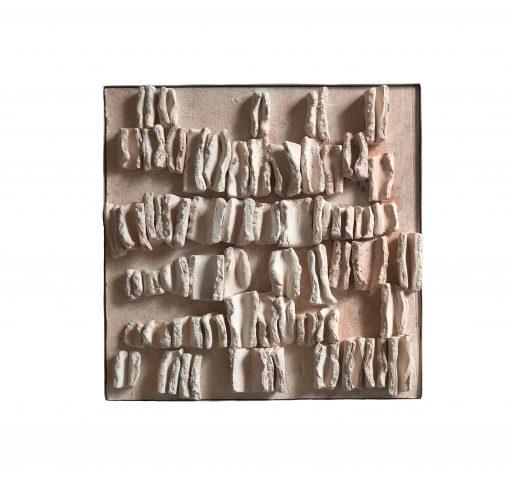 structures IV  - 2018-   Keramik/ Holz    45x45x3cm